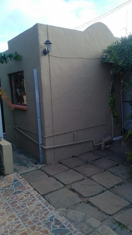 Property For Sale in Walmer, Port Elizabeth 23