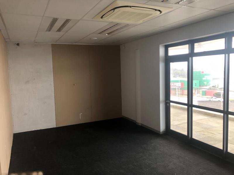 Commercial Property For Rent in Humewood, Port Elizabeth