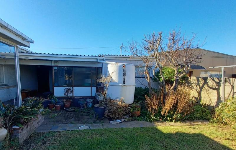Property For Sale in Westering, Port Elizabeth 4