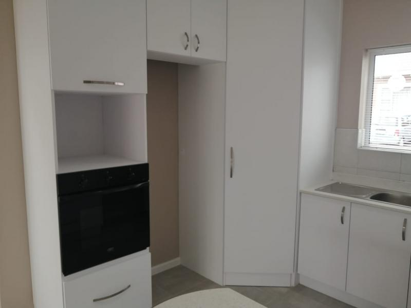 Townhouse For Rent in Fairview, Port Elizabeth